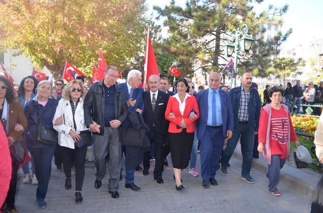 Kurtuluş reçetesi Atatürk yoludur