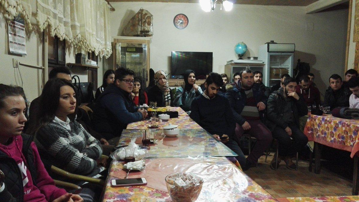 AK Partili gençlerden Kış Sohbetleri