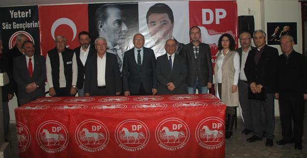 Çakırözer, DP ve DSP'yi ziyaret etti