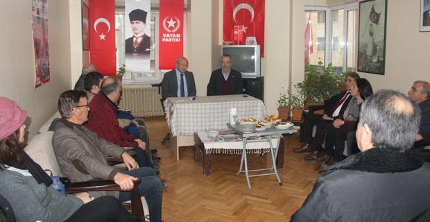 Çakırözer'den Meclis dışı partilere 'Hayır' ziyaretleri
