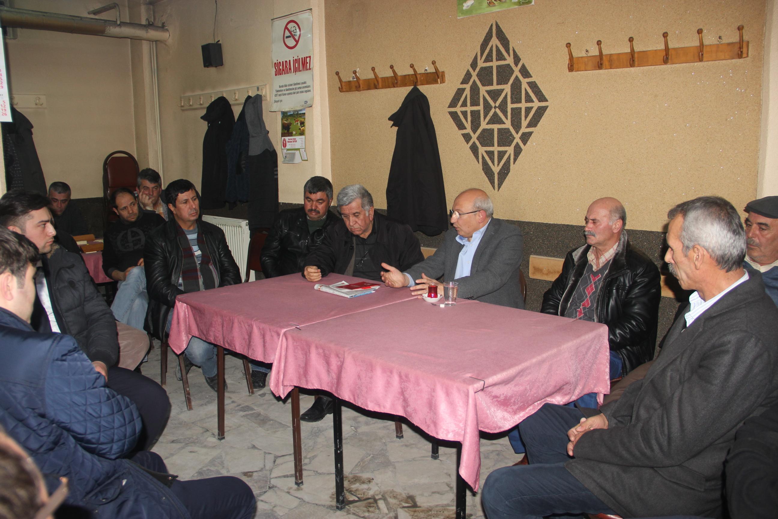CHP'li Çakırözer 'Hayır' için Kırka kahvehanelerinde