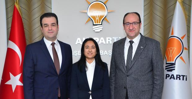 AK Parti Tepebaşı İlçe Kadın Kolları Başkanlığı'na Neşe Karademir atandı