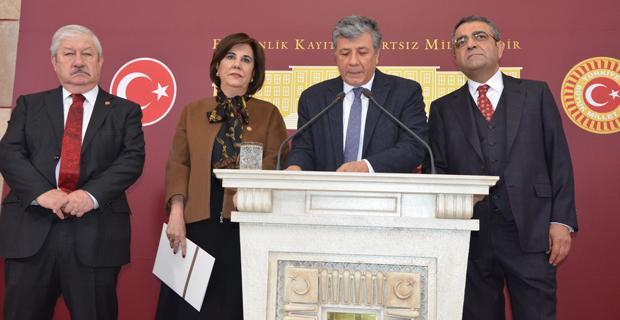 CHP'lilerden akademisyenlere destek