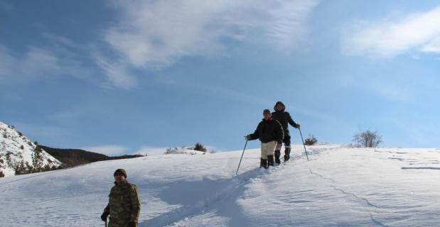 Derin karda yürümek ekstra sağlık kazandırıyor