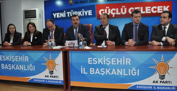 Gümrük Bakanı Tüfenkci AK Parti'de konuştu