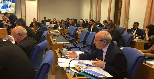 Meclis'teki Torba Yasa'ya Çakırözer'den sert eleştiriler