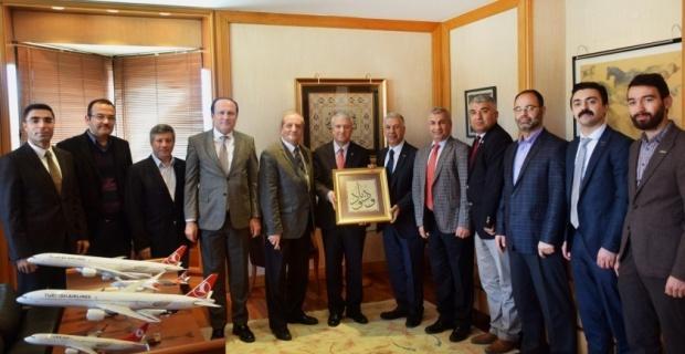 MÜSİAD'dan Rektör Gündoğan'a nezaket ziyareti