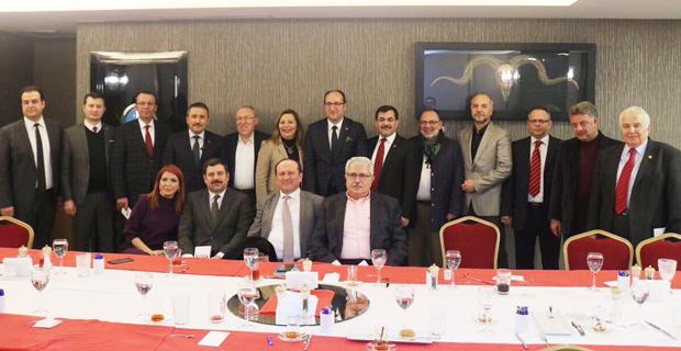 Referandum öncesi AK Parti'de büyük buluşma