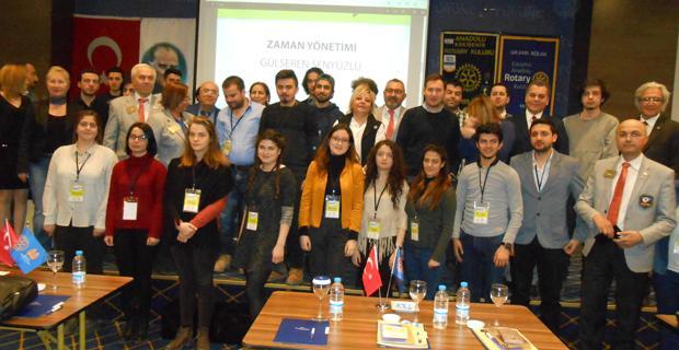 Rotary Kulübü öğrencilerle buluştu