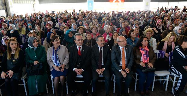 3 bin kadın regaip kandili için bir arada