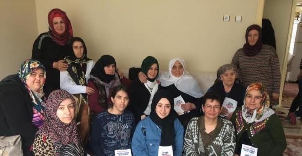 AK Kadınlar mahallelerde