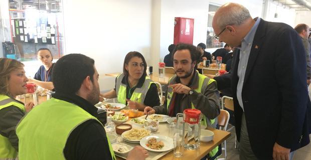 CHP'liler fabrika işçileri ile buluştu