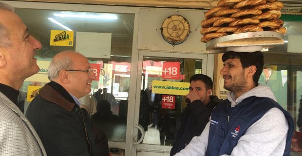 CHP'li Çakırözer'den Uluönder esnafına 'Hayır' ziyareti