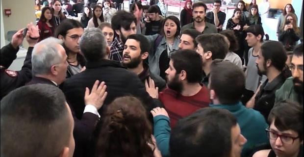 Anadolu Üniversitesinde olaylar çıktı