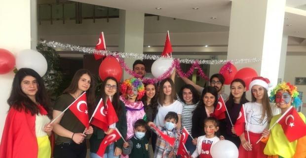 ESOGÜ Hastanesi Çocuk Onkoloji Servisinde 23 Nisan Ulusal Egemenlik ve Çocuk Bayramı etkinliği