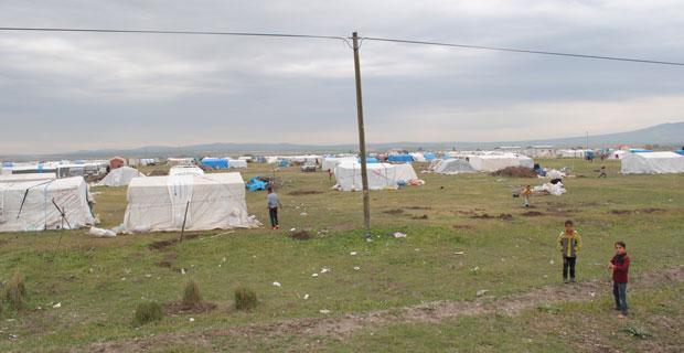 Alpu Ve Bozan Arasında Çadırlar Kuruldu