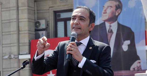 Atatürk'ün aydınlattığı yolda yürüyeceğiz