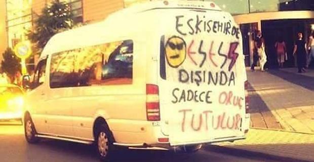 Eskişehirspor taraftarından gülümseten yazı