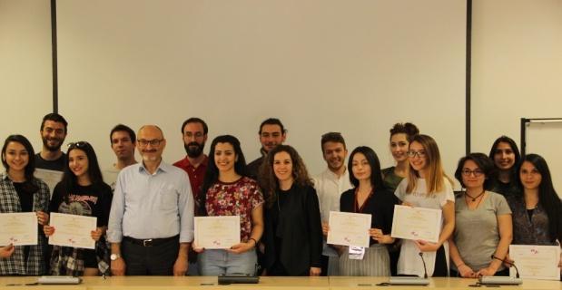 İletişim Bilimleri Fakültesi öğrencileri 'Sunuculuk' sertifikasını aldı