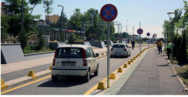 Haller Gençlik Merkezi önü trafiğe açıldı