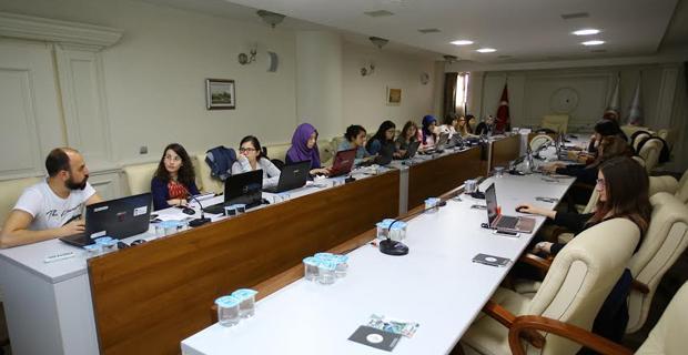 Kadın girişimcilerin eğitimi sürüyor