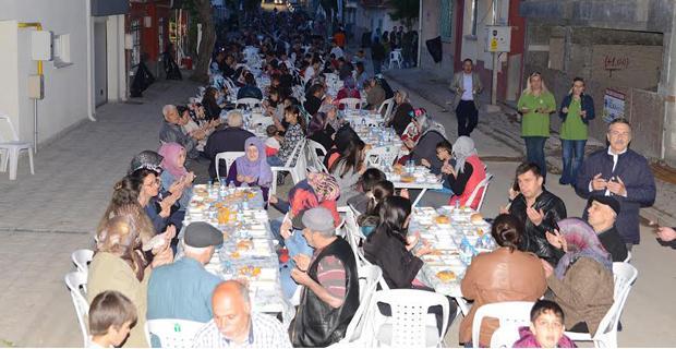 Ramazan Bereketi Tepebaşı'nda yaşanıyor