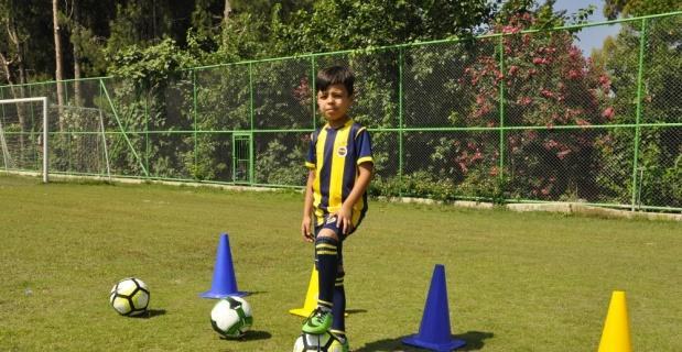 Yeteneğiyle Fenerbahçe altyapısına girdi