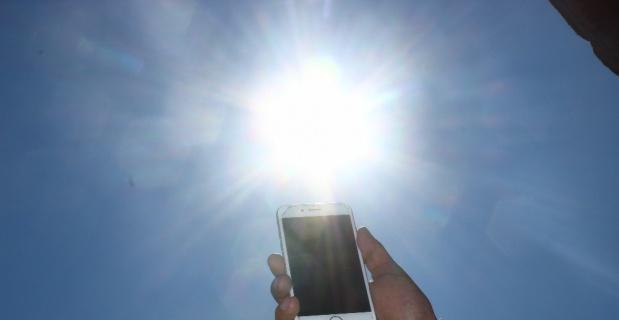 Cep telefonunuzu da 'Güneş' çarpabilir