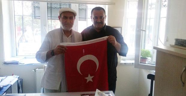 MHP'den Muhtar Petek'e ziyaret