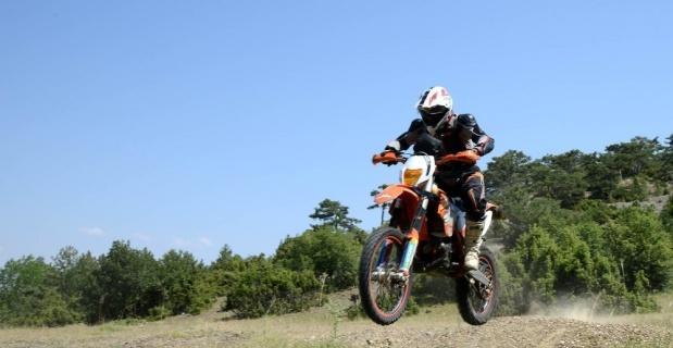 Motosiklet tutkunları Musaözü'nde buluştu
