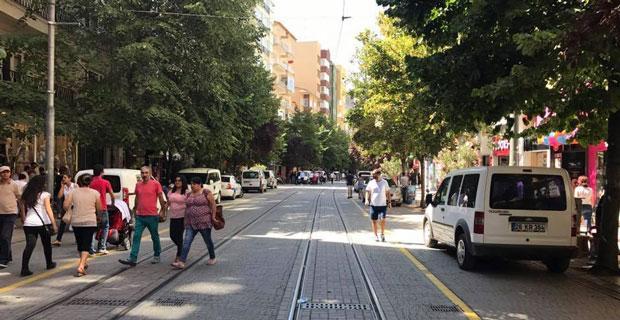 İsmet İnönü caddesi araç trafiğine mi açıldı? haberimiz yok