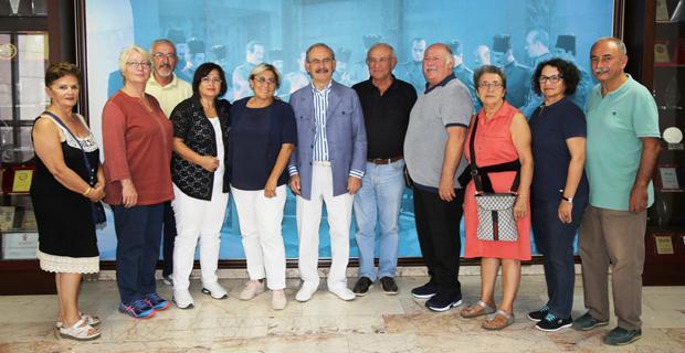 Almanya'da yaşayan CHP'lilerden Büyükerşen'e ziyaret