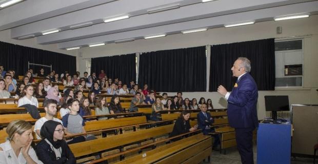 ESOGÜ Tıp Fakültesi 2017-2018 Öğretim Yılı 1'inci sınıf öğrencilerine Oryantasyon Programı