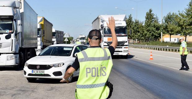 FETÖ'den aranan mühendis yol güvenlik aramasında yakalandı
