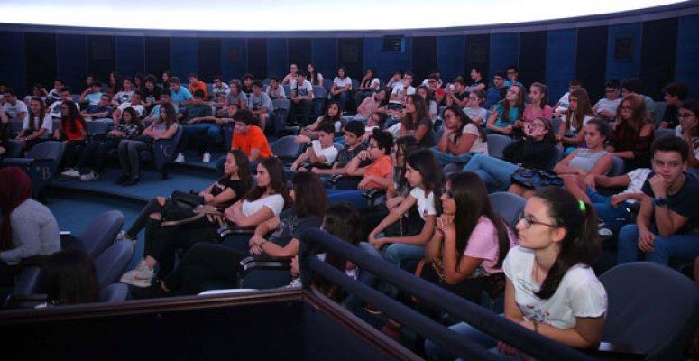 Öğrenciler yeni eğitim yılına Bilim Deney Merkezi'nde başladı