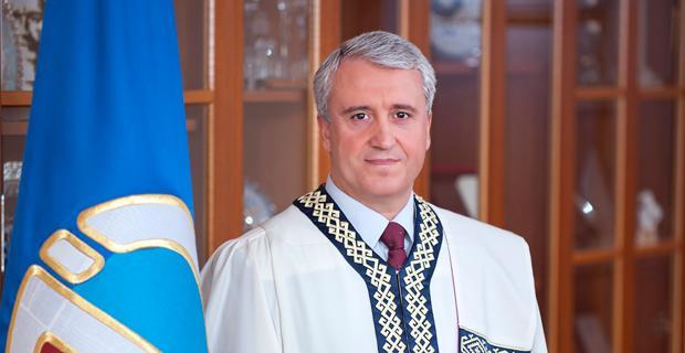 Rektör Gündoğan'ın eğitim öğretim yılı mesajı