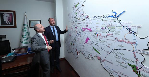Vali Çakacak'a, DSİ 3. Bölge Müdürü  Gül çalışmaları anlattı
