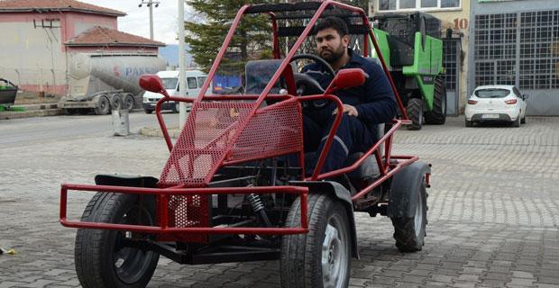 Çıkma parçalardan kendisine spor araç üretti