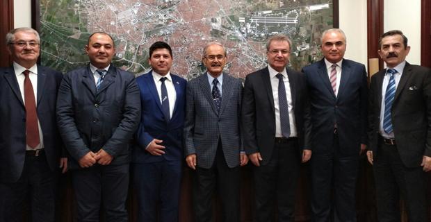 Hak-Sen yöneticileri Büyükerşen'i ziyaret etti