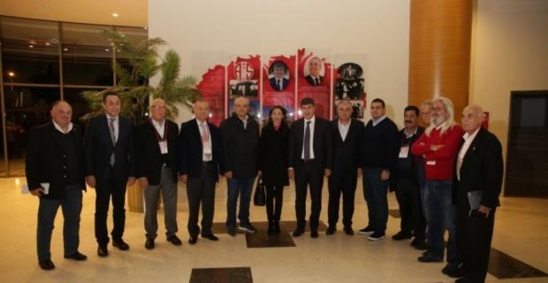 Antalyaspor'da Cihan Bulut başkan adayı oldu