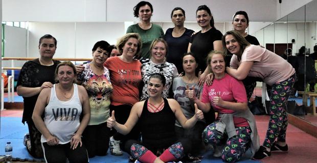 Esmek Zumba kurslarına kadınlardan yoğun ilgi