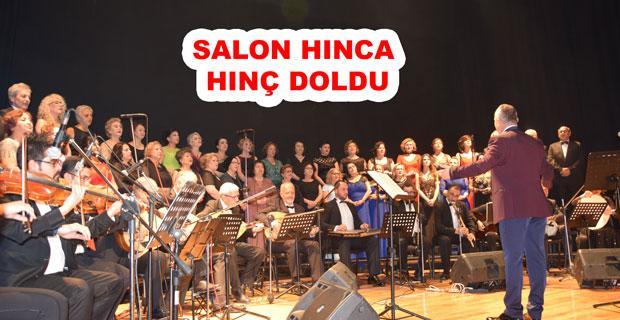 Türkiye Kamu-Sen korosundan muhteşem konser