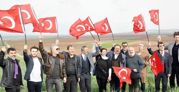 Karacan ve sanatçılar sınırın sıfır noktasında