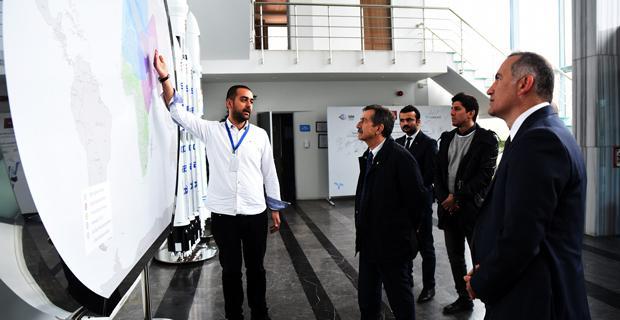 Başkan Ataç Türksat'ı Ziyaret Etti