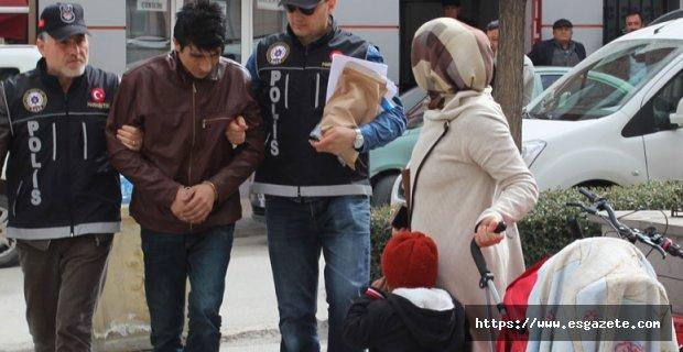 Eşinin ve çocuklarının yüzüne bakamadı
