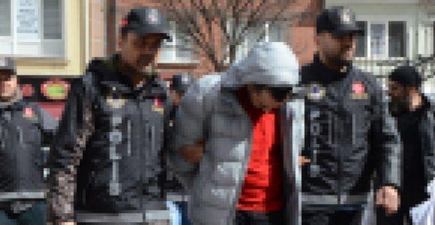 Eskişehir'de 3 uyuşturucu satıcısı yakalandı