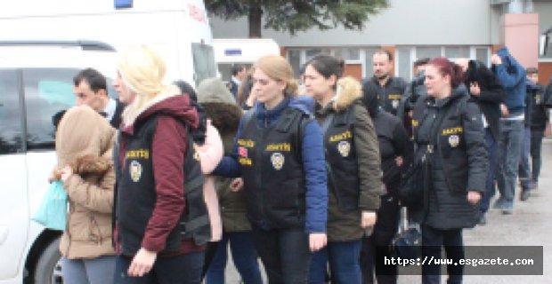 Fuhuş operasyonunda gözaltına alınanlar hastanede