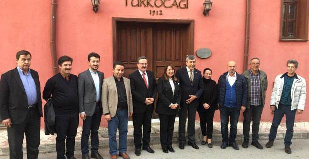 Günay'dan Türk Ocağı'na ziyaret