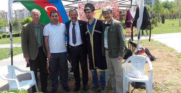 Azerbaycan standını İYİ Partiler ziyaret etti