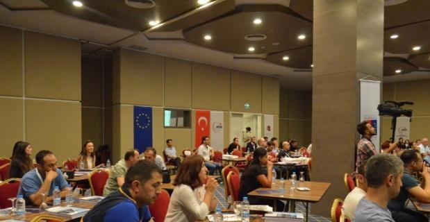 'Afetlere Karşı Engelleri Birlikte Aşalım' Projesi Türkiye'de yaygınlaşıyor